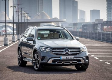 Compact Mercedes become hybrids