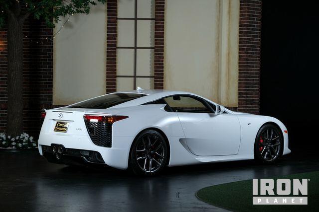 2012-Lexus-LFA-Coupe