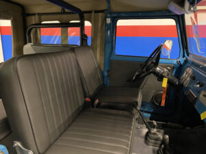 1968 Toyota FJ40 Land Cruiser interior