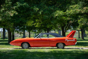 1970 Plymouth Superbird side profile
