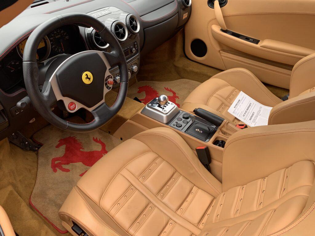 F430 Spider interior